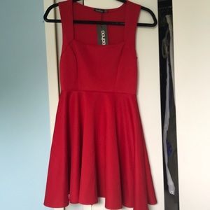 BOOHOO RED DRESS WITH TAGS